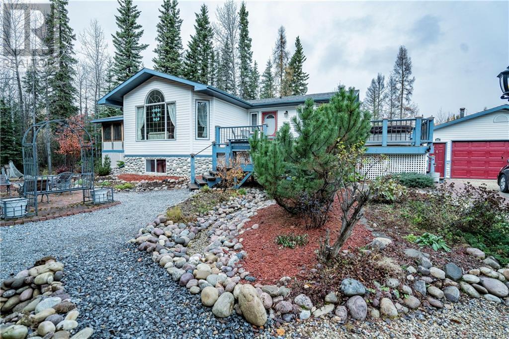 Find Homes For Sale at 704028 Range Road 64