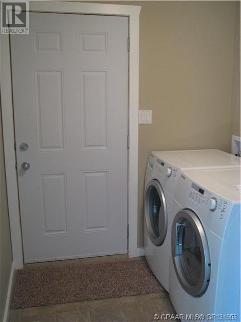 Property Image 9 for 418 2nd NE Street
