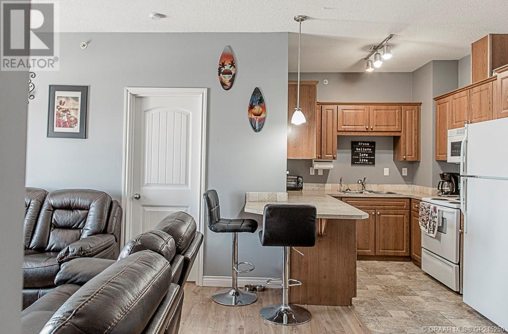 Property Image 4 for 404, 9225 Lakeland Drive