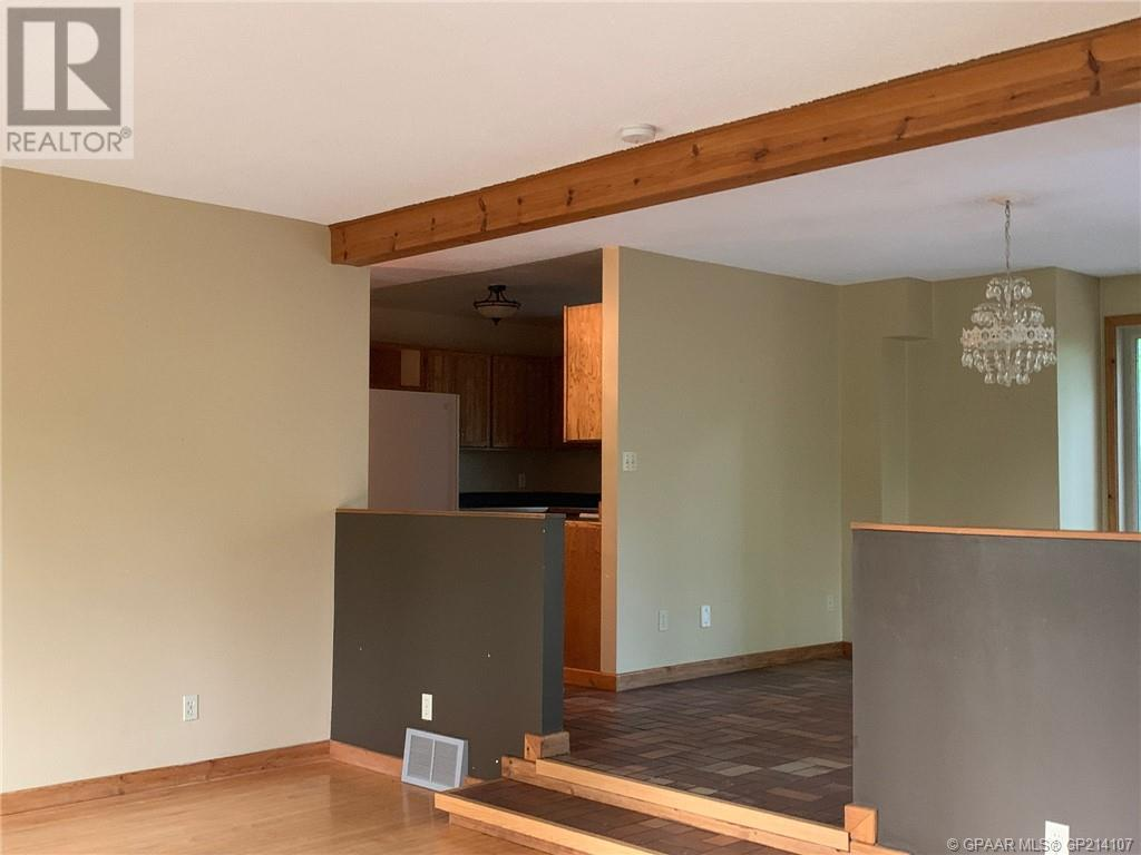 Property Image 5 for 61, 843058 Range Road 222
