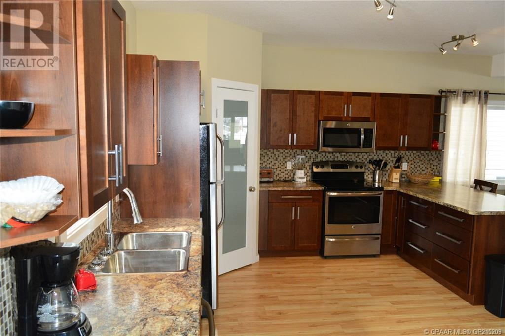 Property Image 12 for 8909 107 Avenue