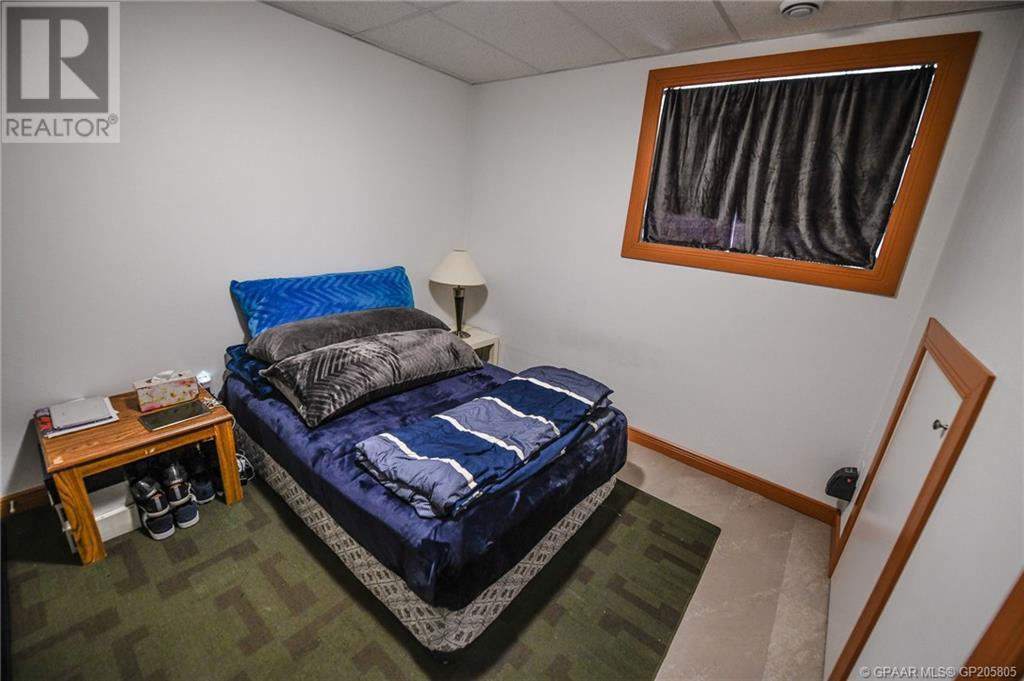Property Image 38 for 10302 98 Avenue