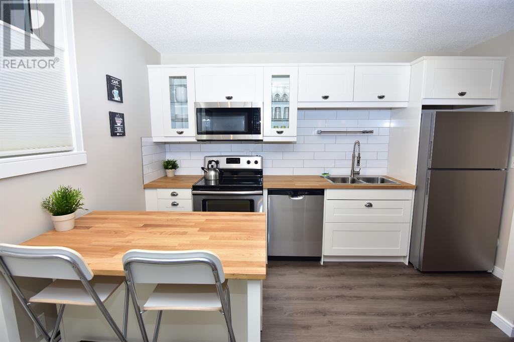 Property Image 23 for B8, 9515 88 Avenue