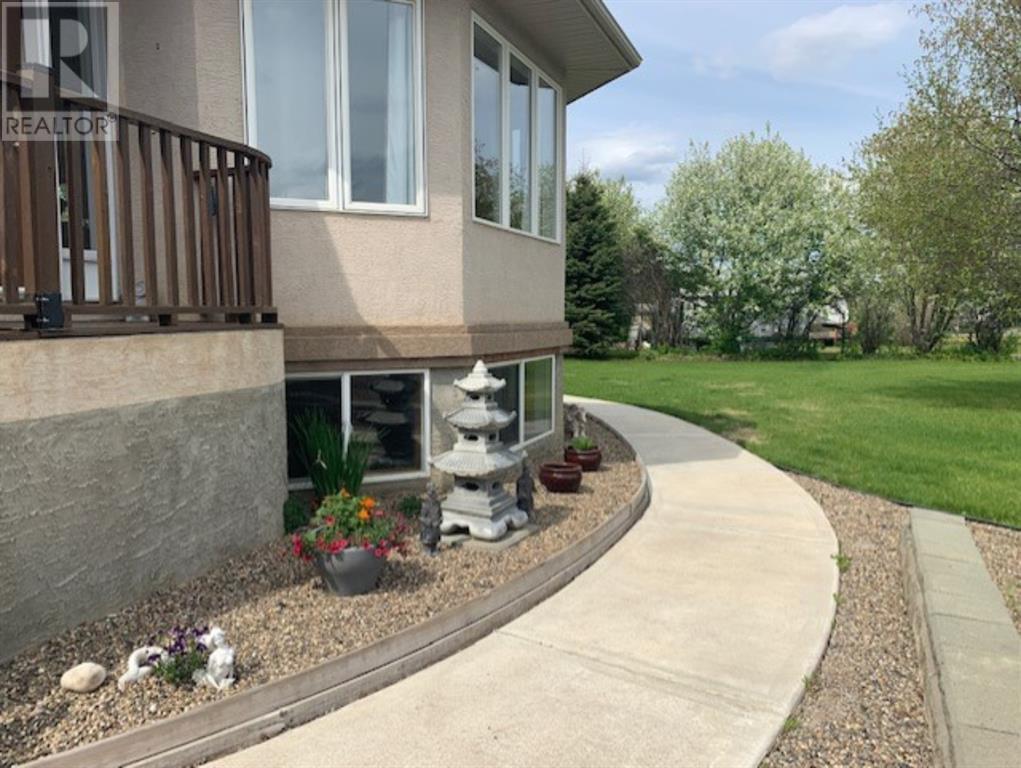 Find Homes For Sale at 18 , 711007  Range Road 63