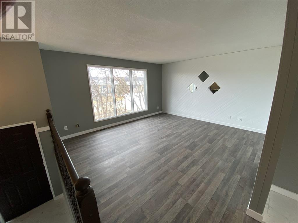 Find Homes For Sale at 7121 99A Street
