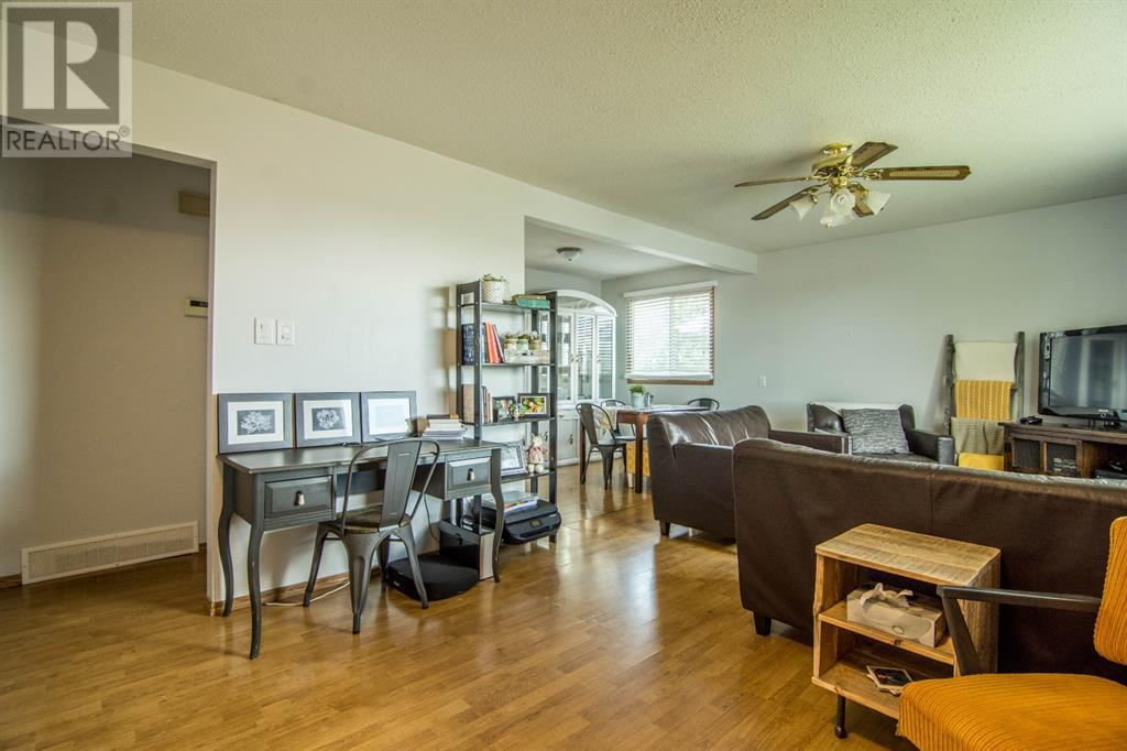 Find Homes For Sale at 9524 98 Street