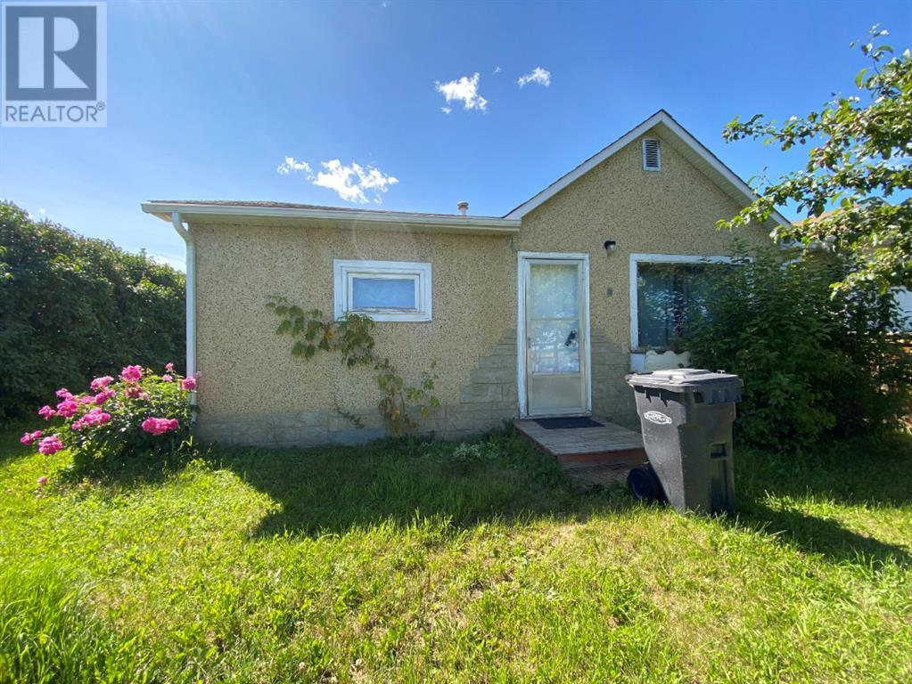 Find Homes For Sale at 4506 46 Street
